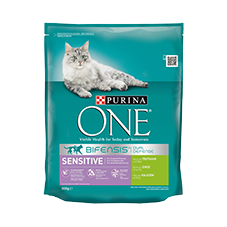 Purina One Sensitive riche...